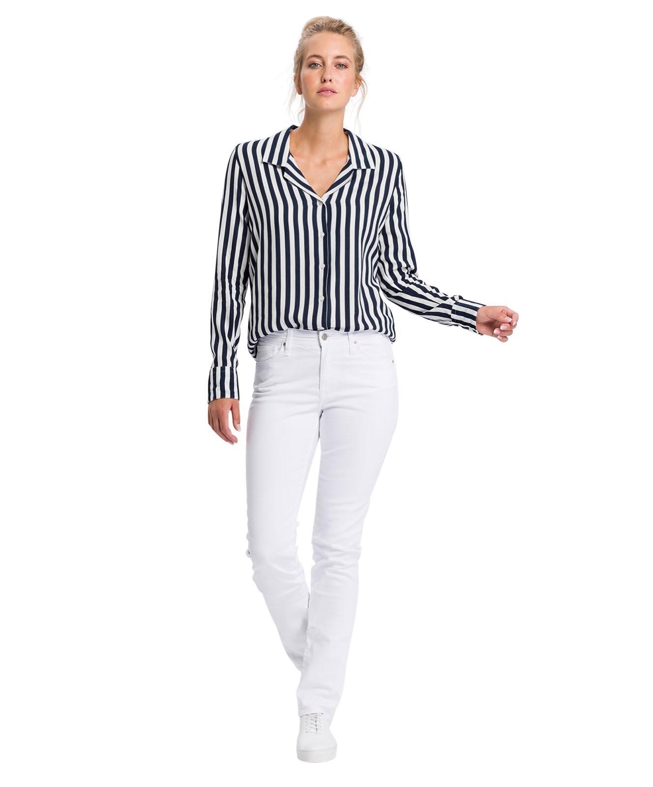 Hosen - Cross Mom Jeans Anya in White  - Onlineshop Jeans Meile