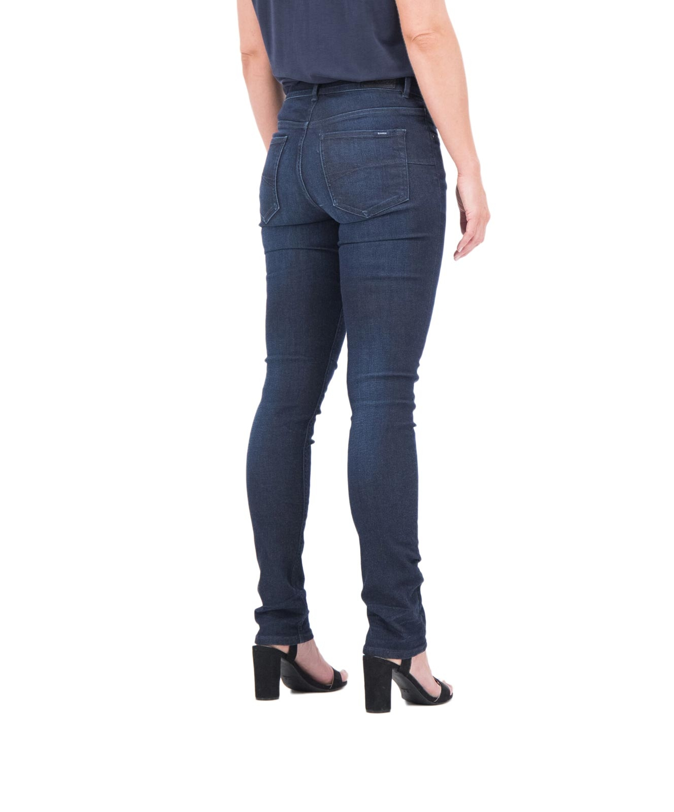 Hosen - Garcia Damen Jeans Mom Caro in Vintage Used Optik  - Onlineshop Jeans Meile