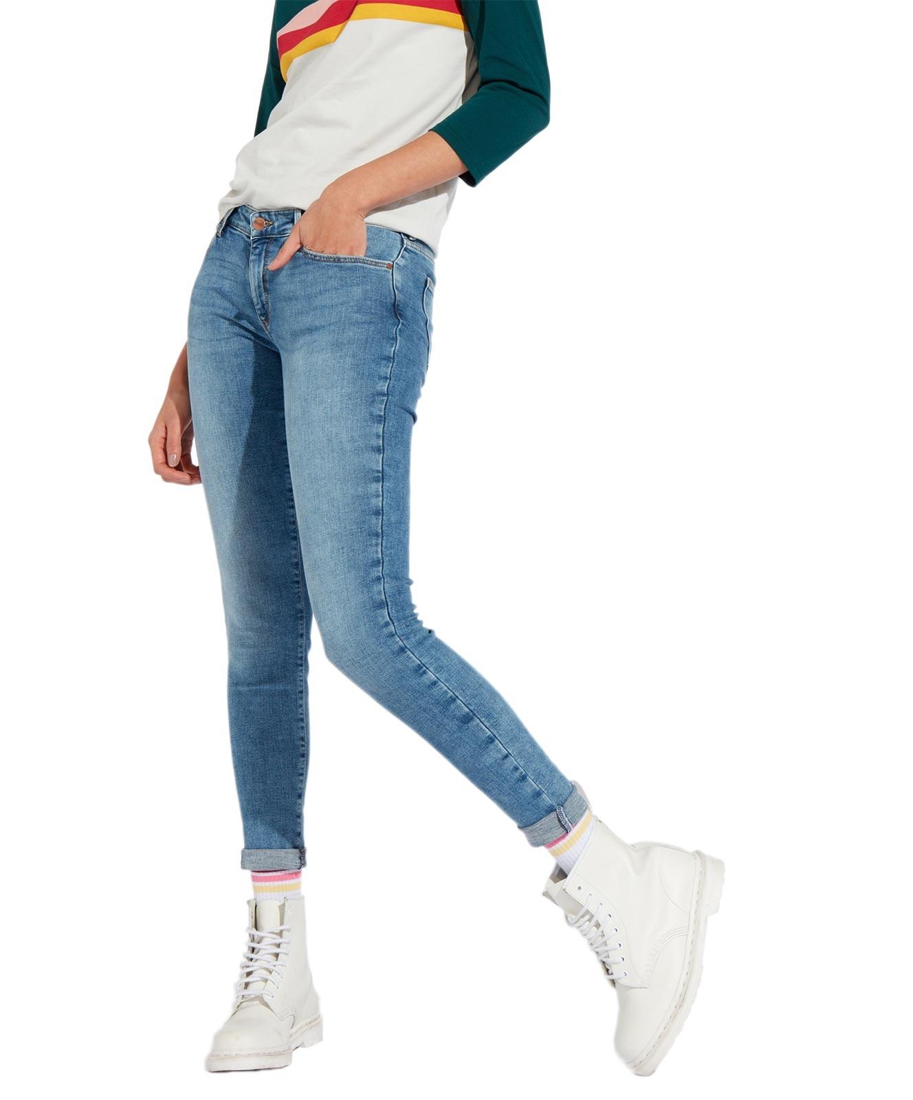 Hosen für Frauen - Wrangler Damen Skinny Jeans in Wasserblau  - Onlineshop Jeans Meile