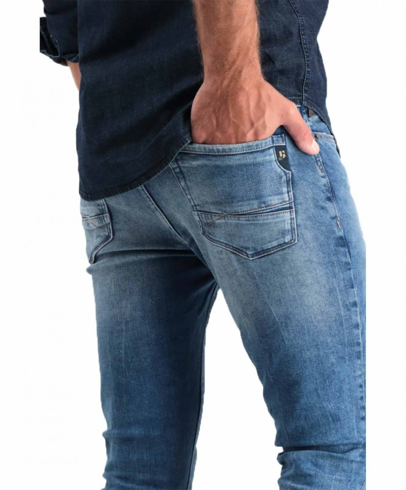 Garcia - sehr enge Jeans in verwaschenem mittelblau