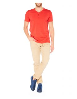 Colorado Wassily - V-Neck T-Shirt - Aurora Red Mel - Vorne