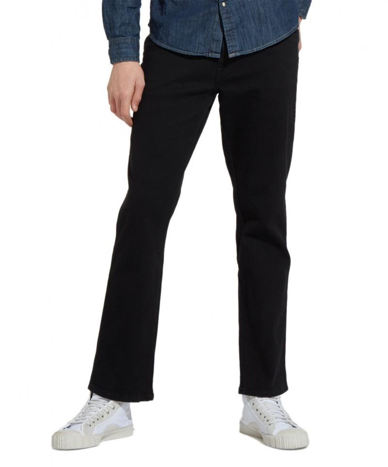 Wrangler Texas Stretch Jeans in Tiefschwarz - Ganzkörper
