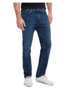 Mustang Tramper Tapered Jeans in verwaschener Optik