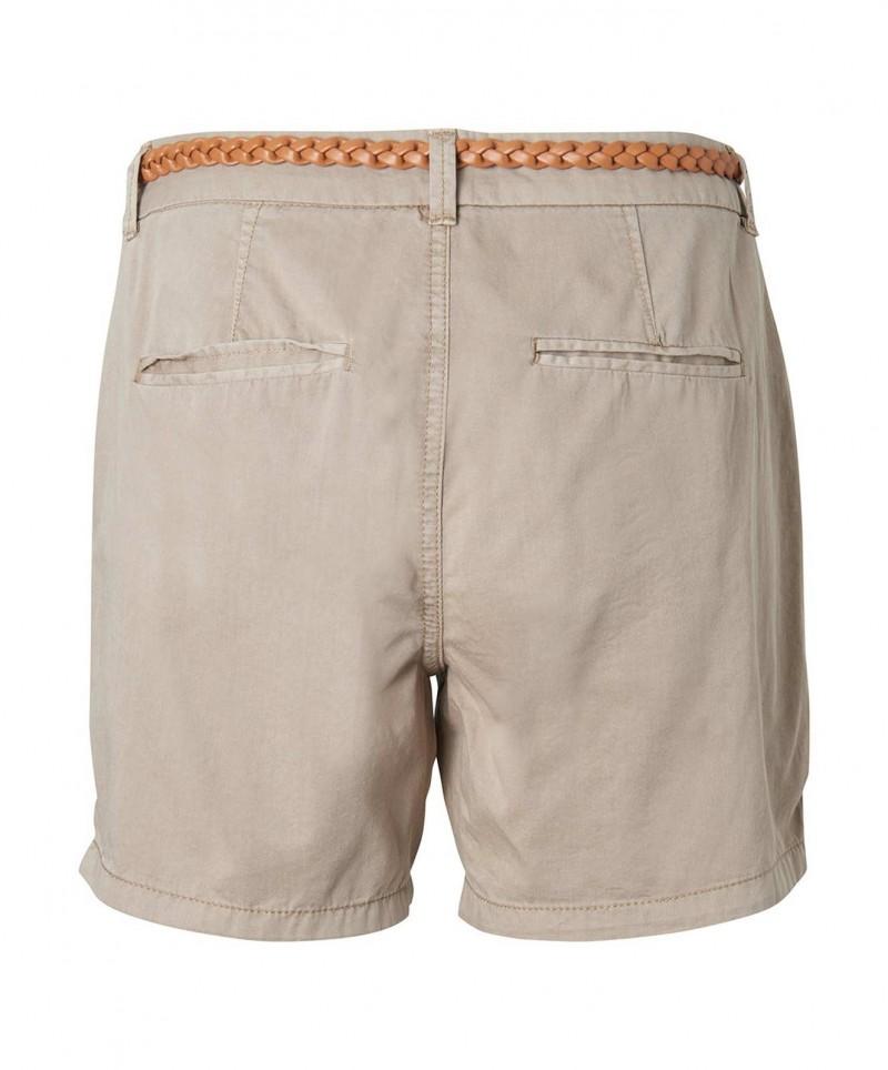 Vero Moda – braune Chino Short mit Flechtgürtel - Vorne