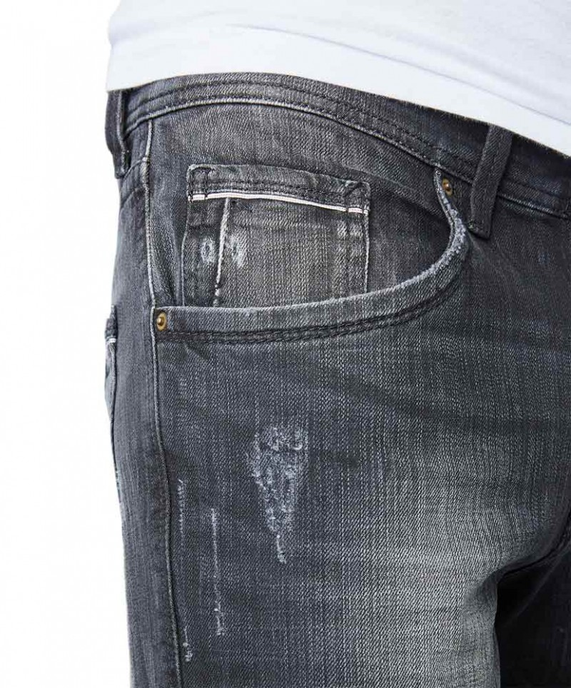 Pioneer Lake Jeans - Straight Fit - Black Used with Buffies