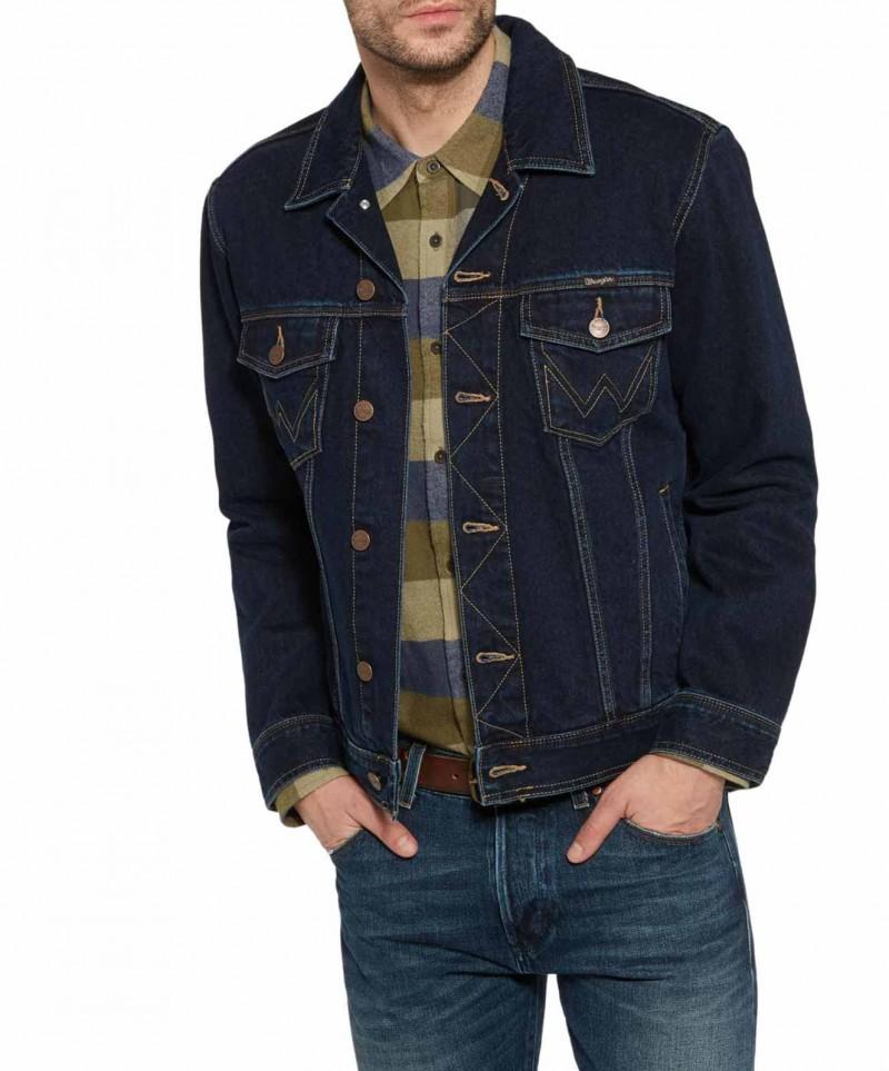 Wrangler Jeans Jacke in BlueBlack Relaxed Fit